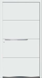 Białe drzwi zewnętrzne z klamką w poziomie.